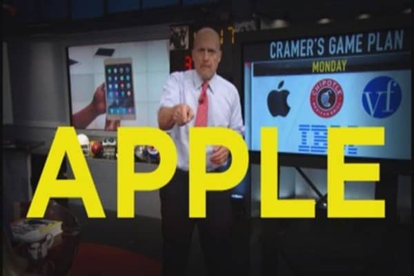 Where Cramer stands on Apple