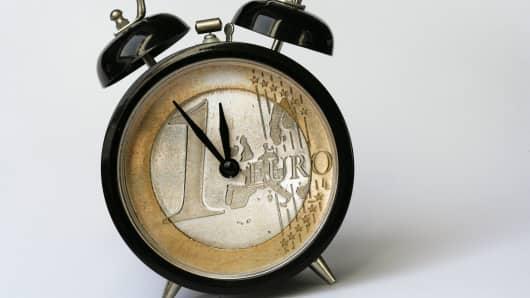Euro alarm clock