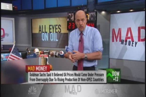 Cramer breaks down Goldman's crude 'prediction' ... literally