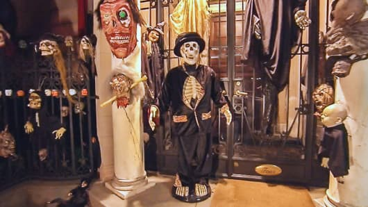 Lasry Halloween house