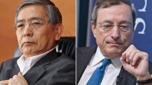 Haruhiko Kuroda, left, governor of the Bank of Japan, and European Central Bank President Mario Draghi.