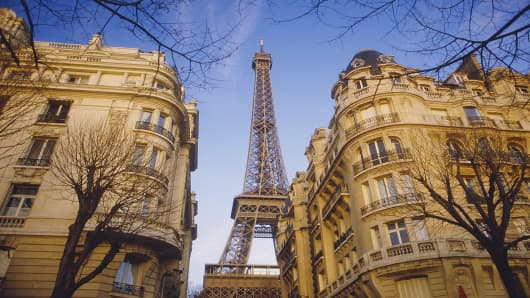 Eiffel Tower and apartments