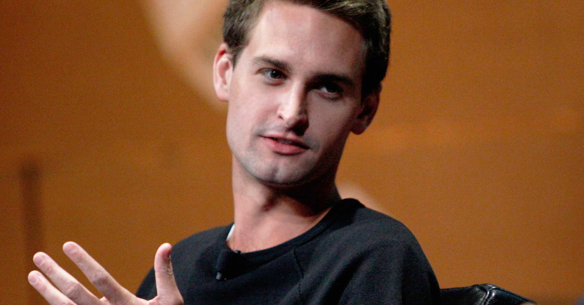 Snapchat s spiegel flies from family nest for Spiegel young money etf