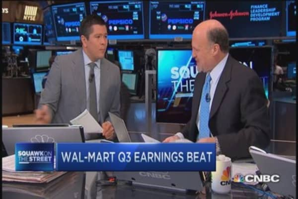 Cramer: Wal-Mart CEO 'budding start'