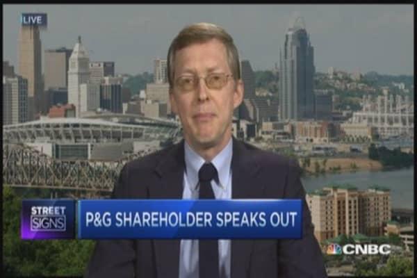 P&G shareholder questions Buffett deal