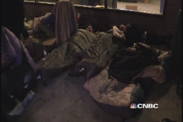 Executives sleep on the street for homeless youth
