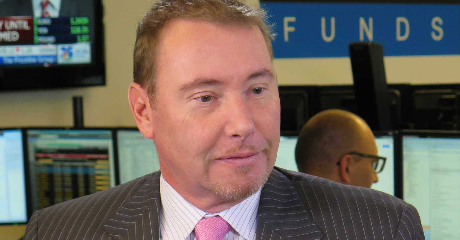 'Bond king' Jeff Gundlach is all-in on this rising market