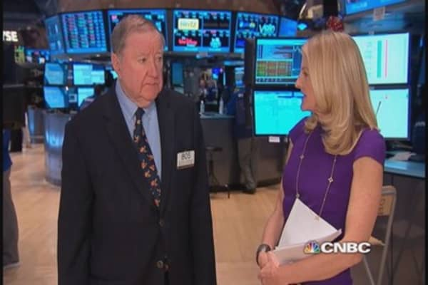 Oil below $79; Cashin surprised market holds