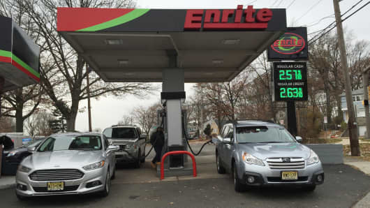 Gas prices remain well under $3 a gallon in Union, N.J.