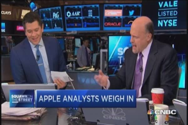 Cramer: Apple Watch a dazzler