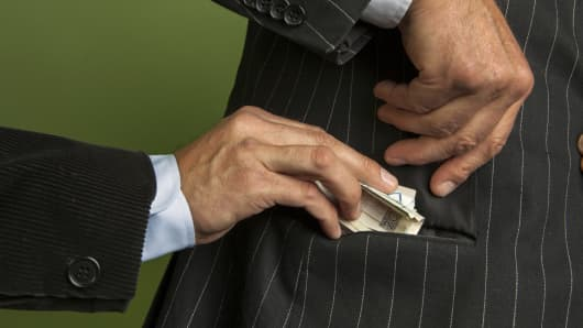 corporate bribes, bribery, corporate corruption