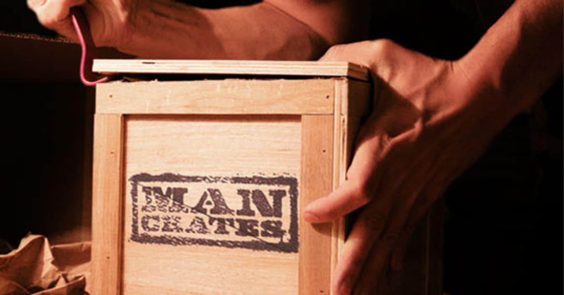 102233256-a_man_crate.1910x1000
