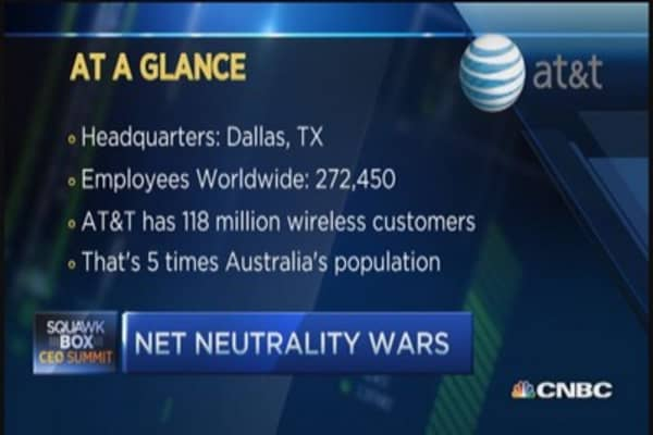 AT&T CEO: Old rules inappropriate for Internet