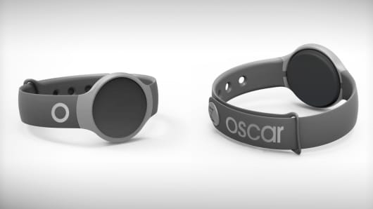 Misfit wearable fitness device