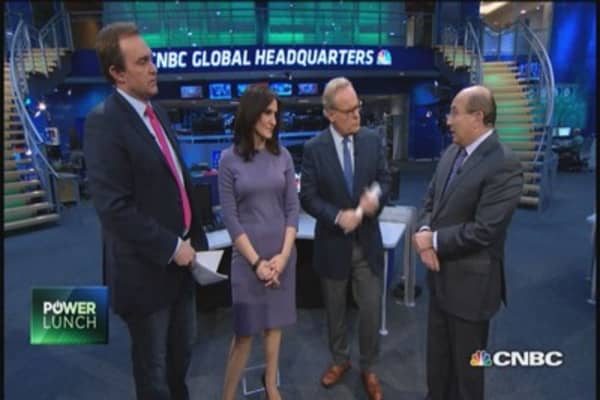 Legalize insider trading?