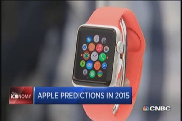 Look into 2015's crystal Apple