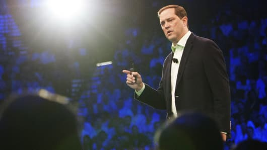 Cisco's Chuck Robbins speaks at the Global Sales Experience in Las Vegas, Aug. 25, 2014.