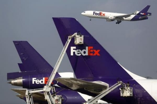 FedEx readies more than 600 aircrafts