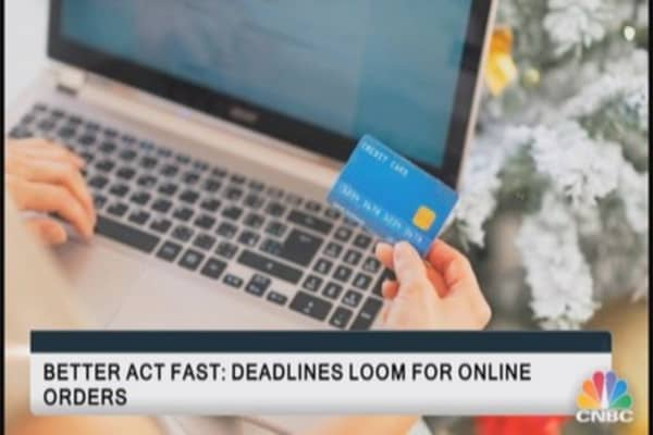 Better act fast: Deadlines loom for online orders