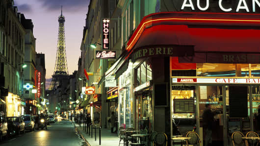 Paris cafe with Eiffel Tower in background