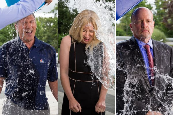 CNBC's Scott Wapner, Becky Quick and Jim Cramer take the Ice Bucket Challenge in support of ALS research.