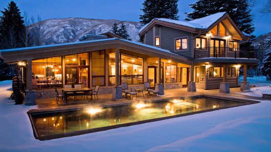Empty Mansions In Aspen Cause Hollowing Out