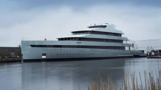 "Feadship launched ""Savannah,"" the world's first hybrid mega-yacht."