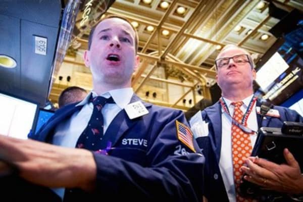 Volatility sweeps Wall Street