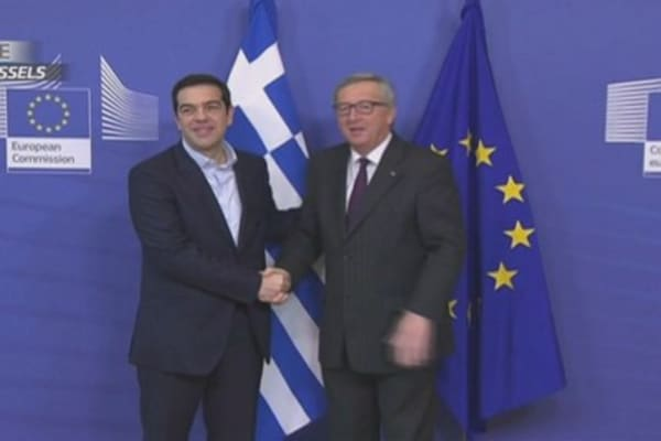 Tsipras and Juncker's awkward meeting...