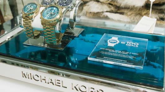 Michael kors to join wearable tech movement for Michael kors rockefeller center