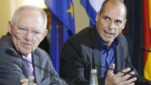 Greek Finance Minister Yanis Varoufakis, right, and German Finance Minister Wolfgang Schaeuble address a news conference following talks at the finance ministry in Berlin, Feb. 5, 2015.
