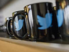 Mugs with Twitter logo