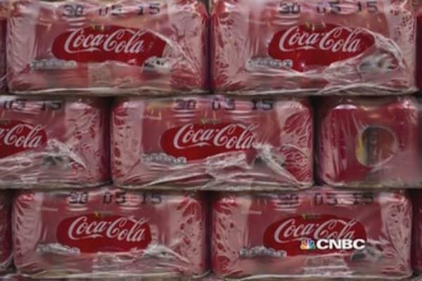 Coke KO's Q4 earnings, beats estimates