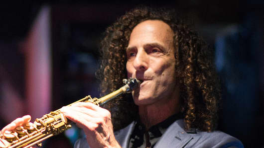 Kenny G performs at the Blue Note Jazz Club in New York City.