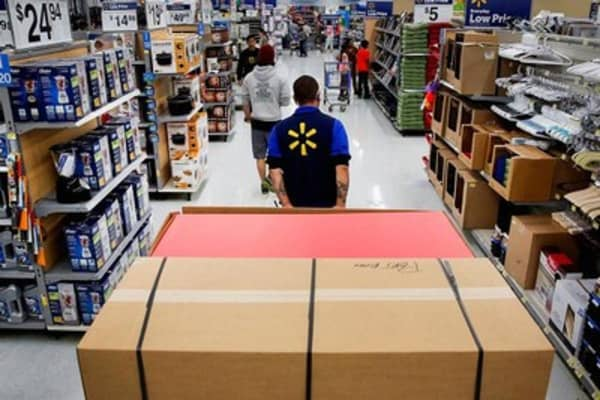 Wal-Mart CEO on pay hike: Associates need to be happy