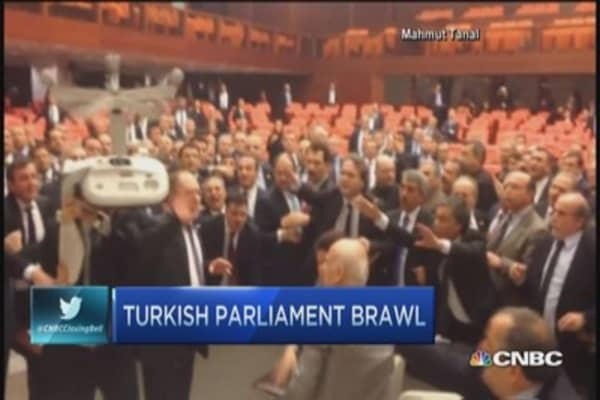Turkish lawmakers trade blows in parliament