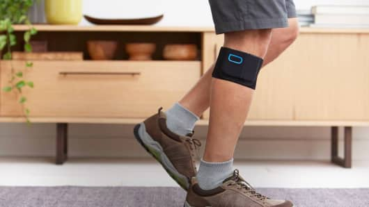 A Quell wearable device works with an app to customize pain management.