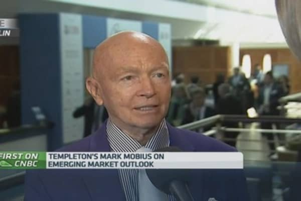 Mobius: Expect investment in Russia