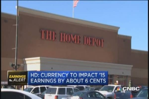 Home Depot beats on top and bottom line