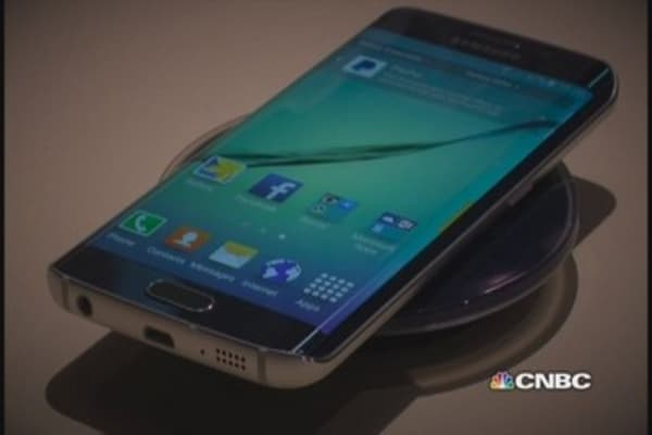 Samsung launches new Galaxy S6