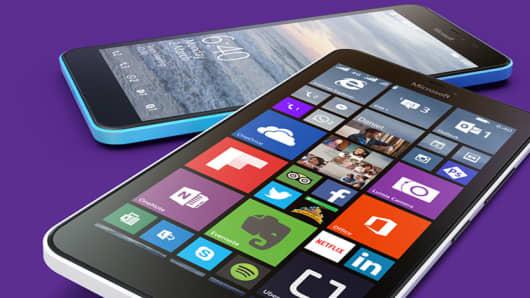 MWC: Microsoft unveils budget Lumia smartphones but no ...