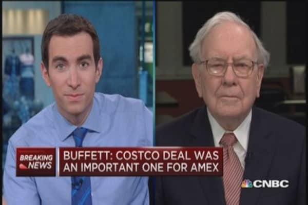 Buffett on AmEx: We love it