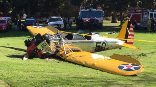 Photo of the crashed plane in Mar Vista, California