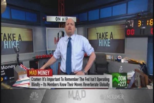 Cramer: Fed smarter than the average bear