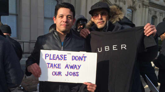New Jersey drivers for start-up Uber protested against proposed regulations Thursday.