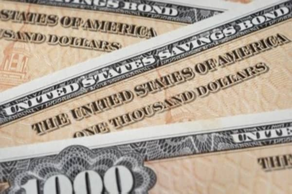Trading Nation: Trading bonds on the Fed