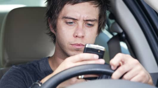 Teen texting driving