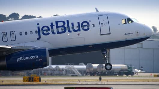 JETBLUE EARNS