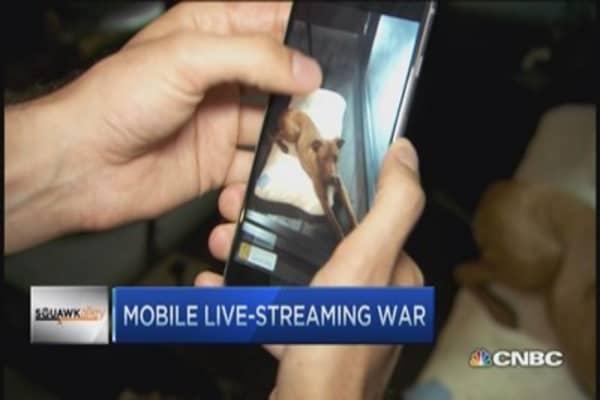 Live-streaming wars: Meerkat vs. Periscope