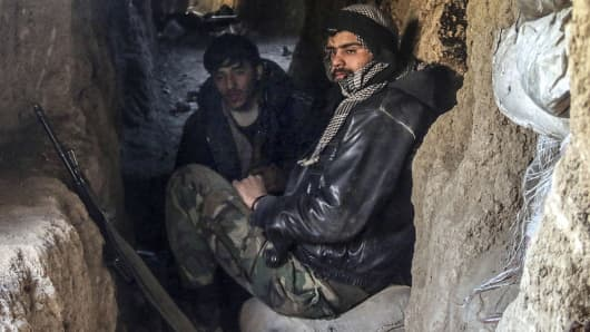 Syrian opposition forces use tunnels as shelter from air attacks in Damascus, Syria, April 5, 2015.